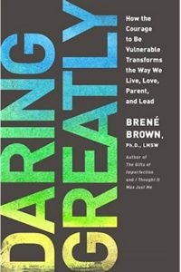 book cover of daring greatly